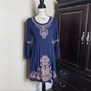 NWT Victorian Style Embroidered Long Sleeve Dress